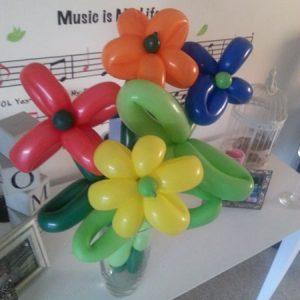 balloon-twisting-flowers